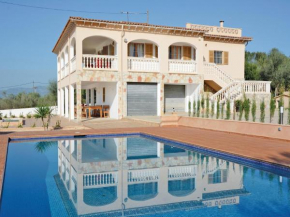 Holiday home Sa Cabaneta 47 with Outdoor Swimmingpool